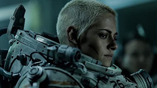 Kristen Stewart Details On-Set  'Underwater' Scares video