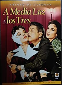 Downloading movie for free A media luz los tres [480i]