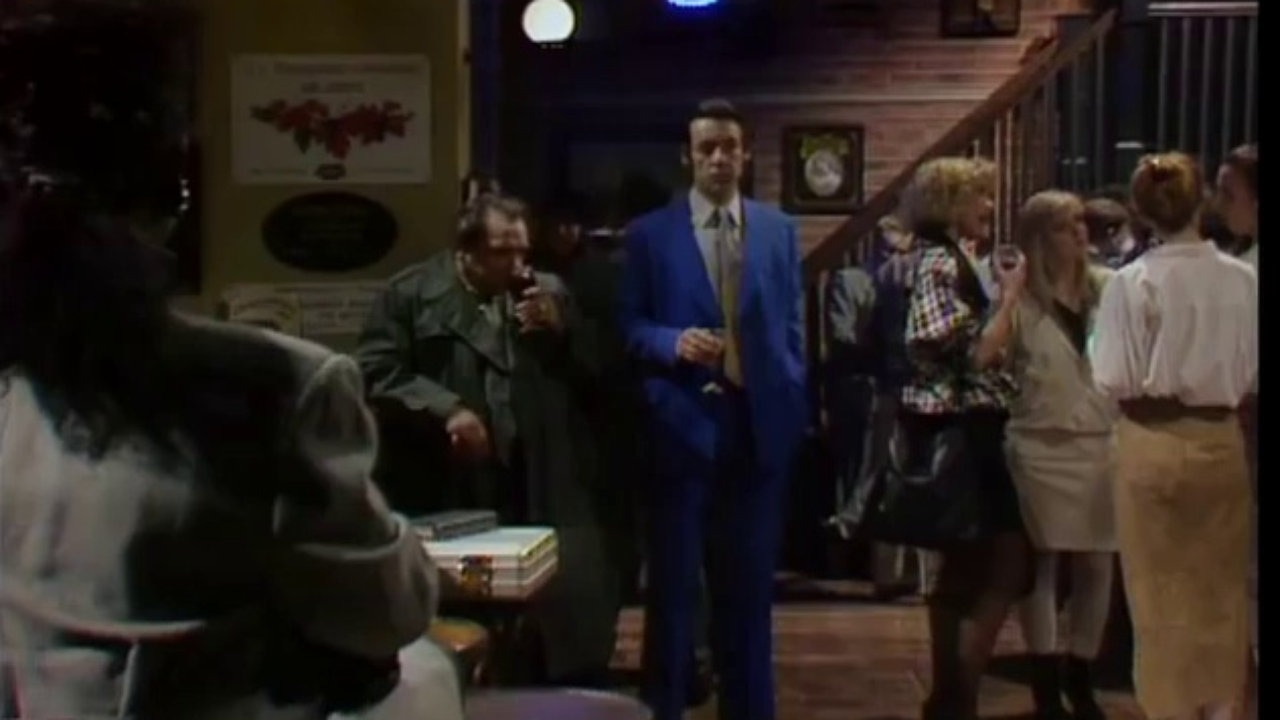 Only Fools And Horses – S06 – Ep01- Yuppy Love