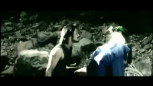Kadhalil Vizhunthen Trailer