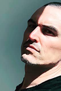Paul Amos Picture