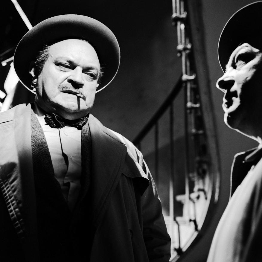 Jean Daurand and Raymond Souplex in Les cinq dernières minutes (1958)