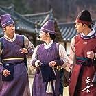 Hong Jin Ki, Kim Yoo-jeong, and Kyung Hong in Hong Cheon Gi (2021)