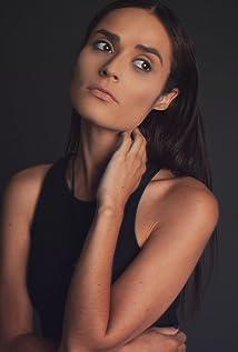 Stephanie Nogueras Picture