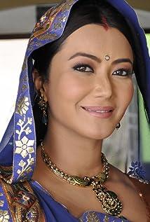 Nausheen Ali Sardar Picture