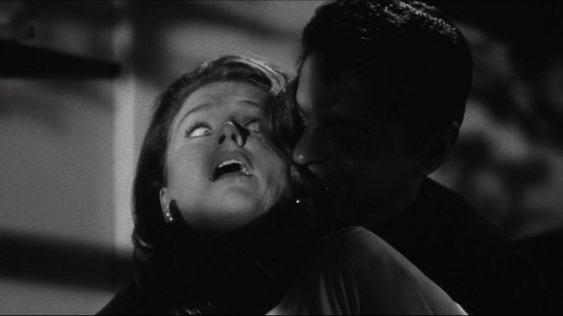 Lee Remick and Ross Martin in Experiment in Terror (1962)
