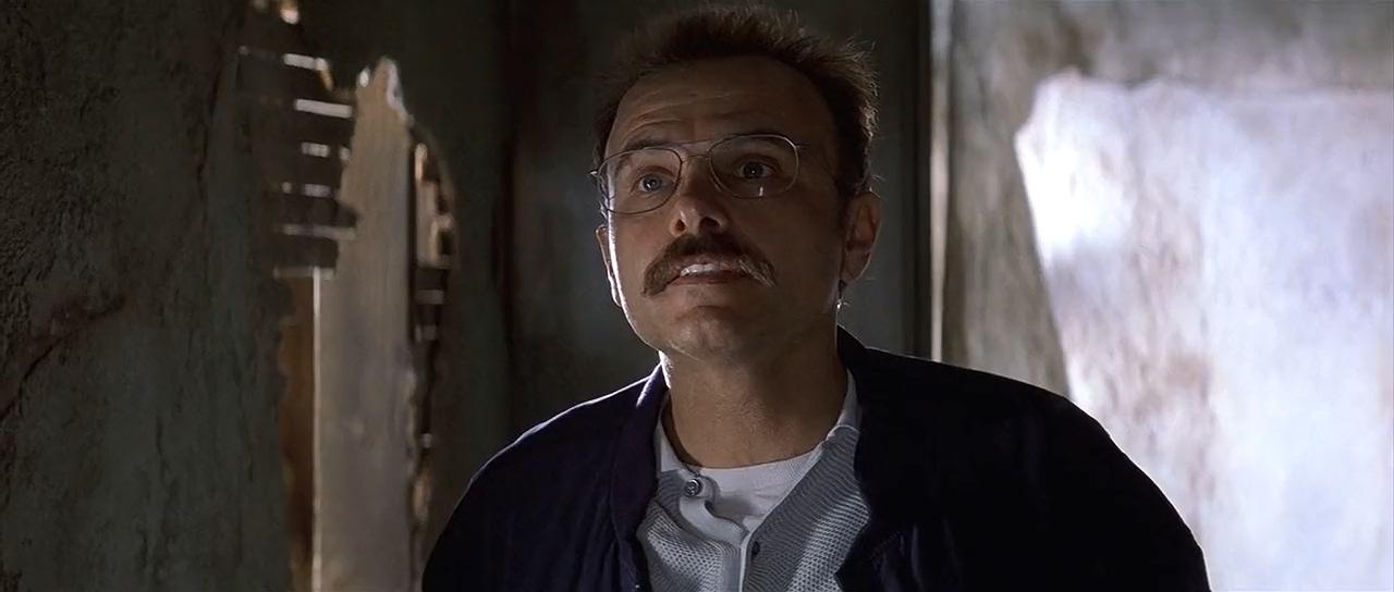 Joe Pantoliano in Memento (2000)