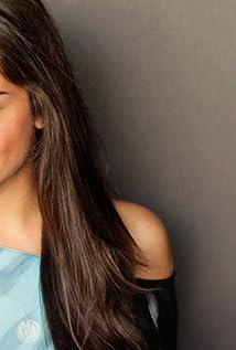 Nadine Rajabi Picture