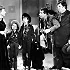 Natalie Wood, Irene Dunne, Andy Devine, Fred MacMurray, and Gigi Perreau in Never a Dull Moment (1950)