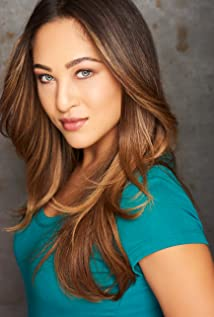 Tayla Fernandez Picture