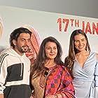 Poonam Dhillon, Sunny Singh Nijjar, and Sonnalli Seygall in Jai Mummy Di (2020)