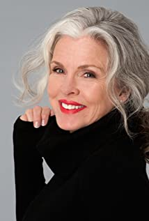 Hilary Momberger-Powers New Picture - Celebrity Forum, News, Rumors, Gossip