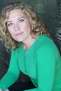 Kate Hewlett Picture