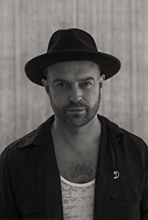 Paul Dugdale Picture