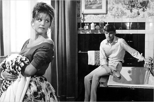 Claudia Cardinale and Jacques Perrin in La ragazza con la valigia (1961)