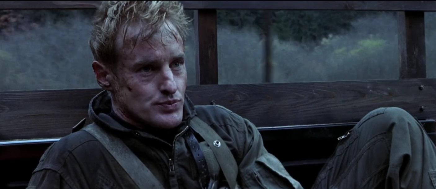 Salah satu adegan di dalam film Behind Enemy Lines