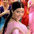 Giselli Monteiro in Love Aaj Kal (2009)