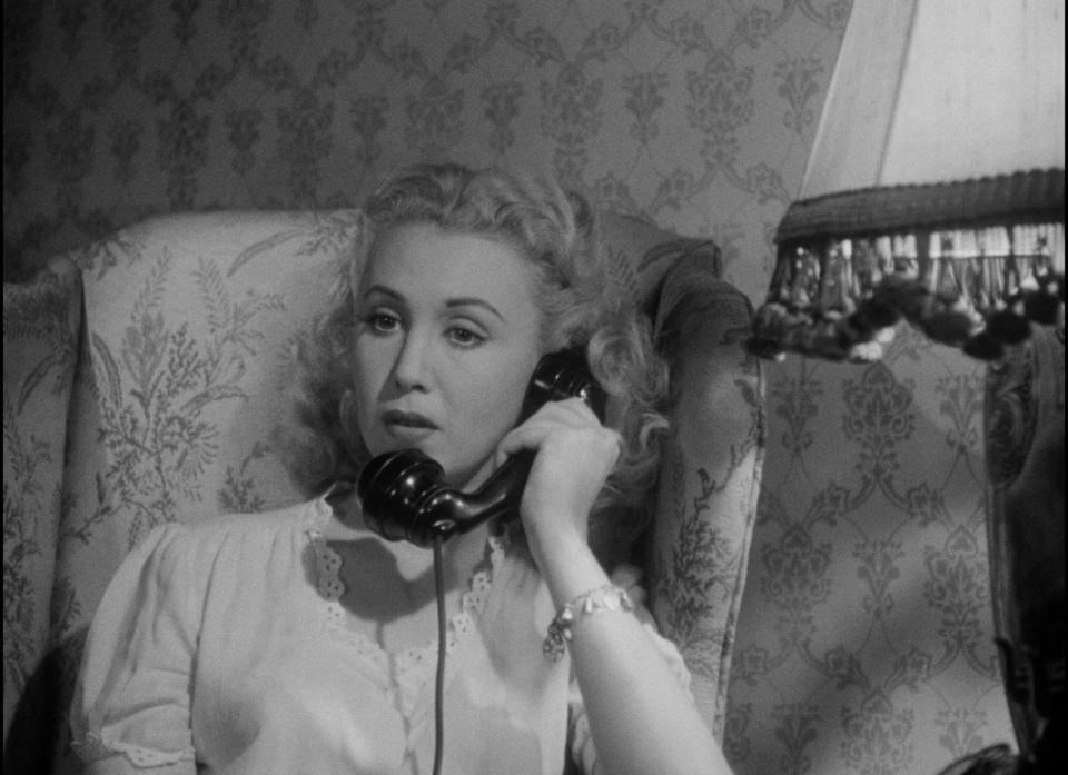 Claudia Drake in Detour (1945)