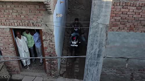 Akshay on shooting in Mathura