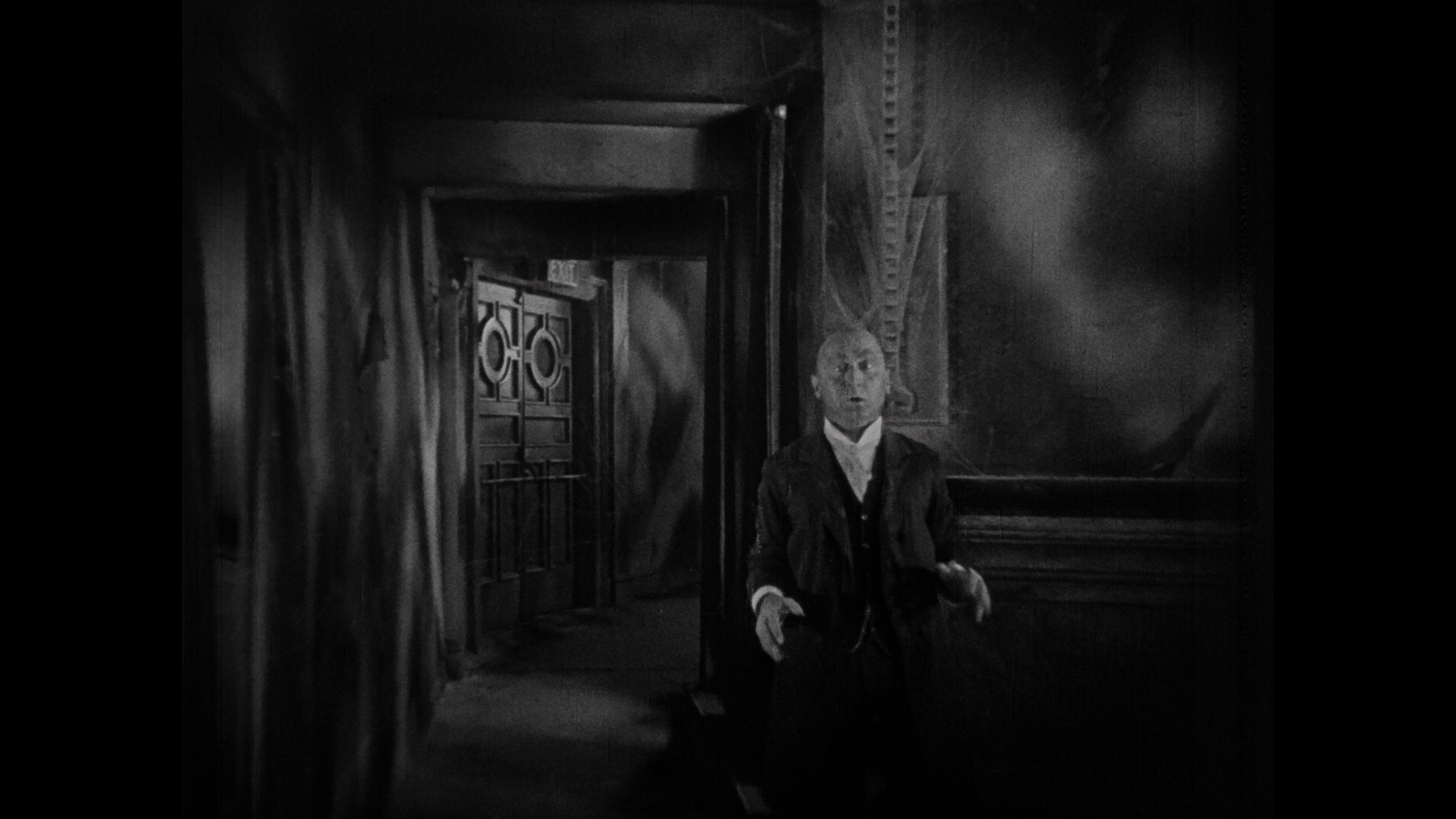 The Last Warning (1928)