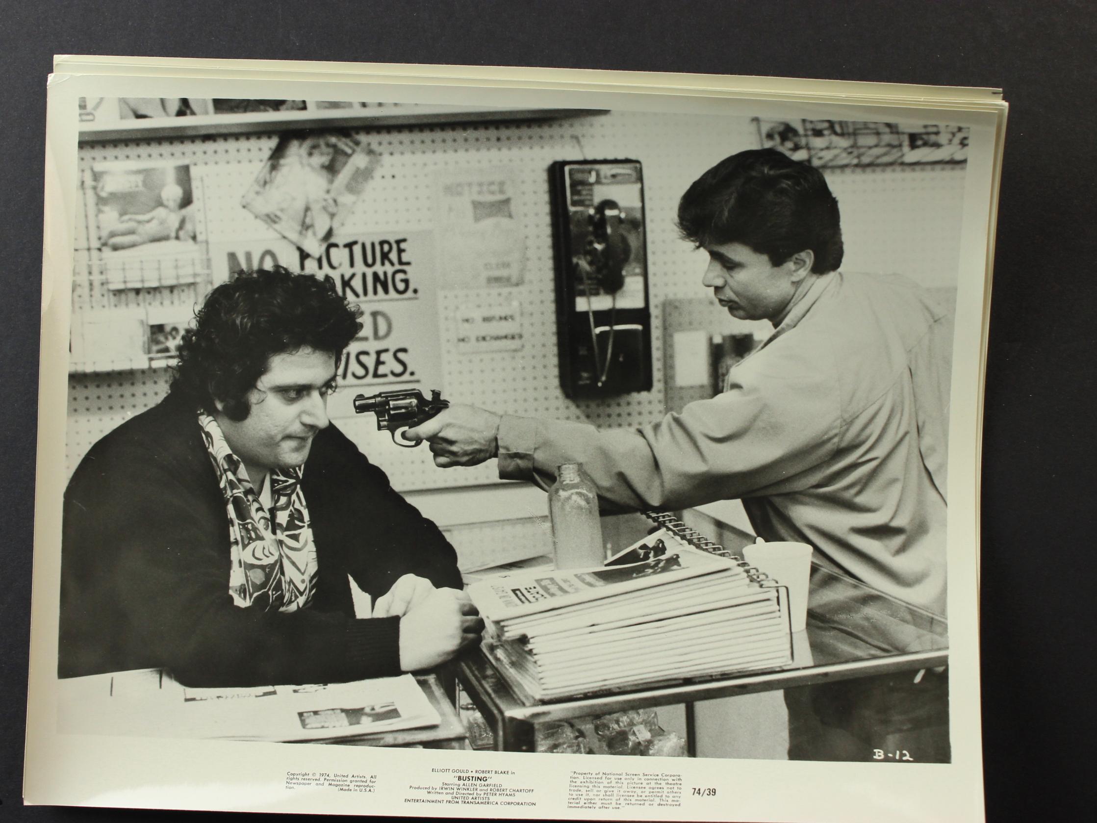 Robert Blake and Michael Lerner in Busting (1974)