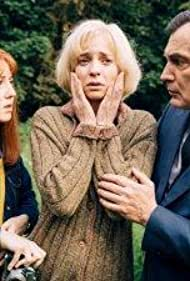 Elodie Frenck, Samuel Labarthe, and Blandine Bellavoir in Les petits meurtres d'Agatha Christie (2009)