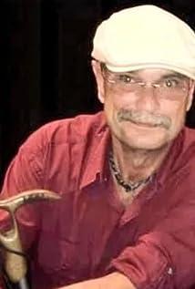 Dwight L. Wilcox II Picture