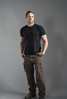 Mike Holmes Jr. Picture