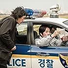 Sol Kyung-gu and Dal-su Oh in Salinjaui gieokbeob (2017)