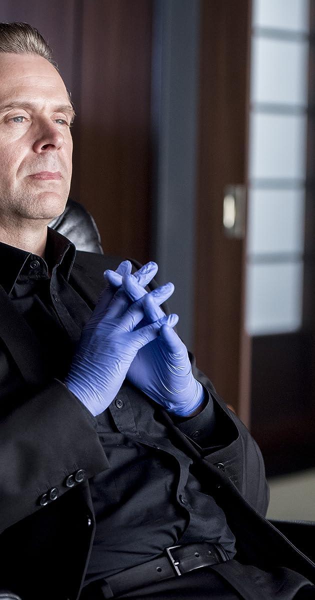 Professor T Maskenmord