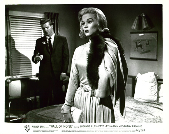 Ty Hardin and Dorothy Provine in Wall of Noise (1963)