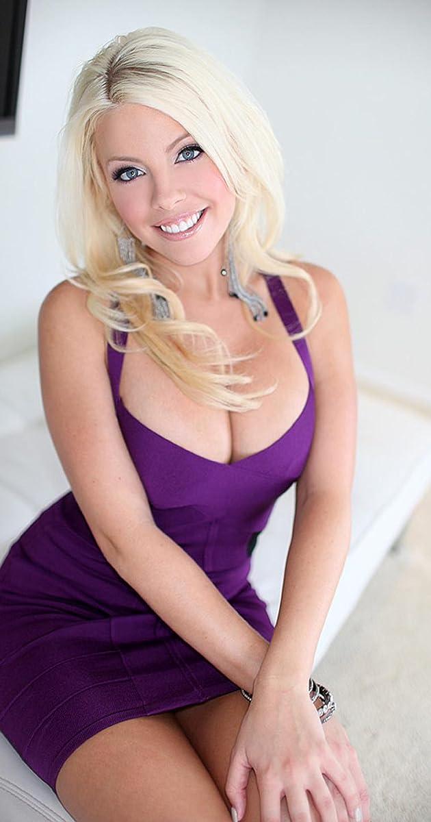 Britney amber public
