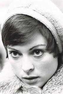 Claire Pimparé Picture