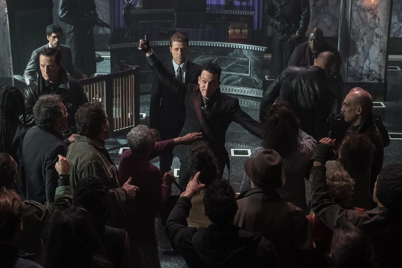 John Martineau, Ben McKenzie, and Robin Lord Taylor in Gotham (2014)