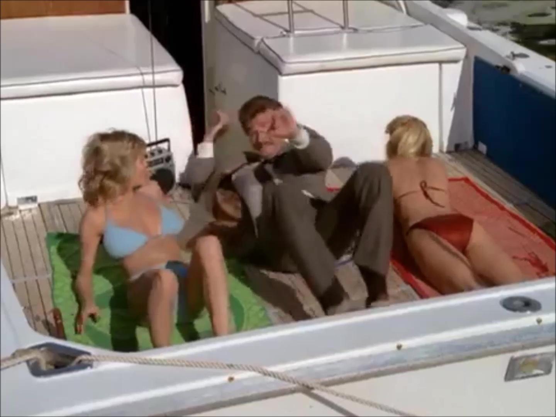 Lee Horsley in Matt Houston (1982)