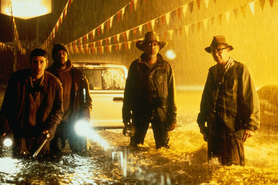 Morgan Freeman, Dann Florek, Michael A. Goorjian, and Ricky Harris in Hard Rain (1998)
