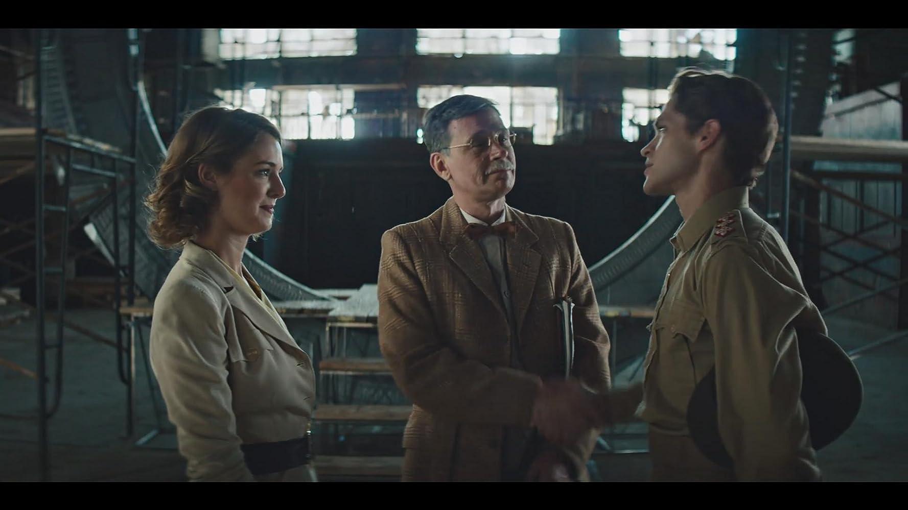 Connor Trinneer, Ellie Gall, and Philip Alexander in Stargate Origins (2018)