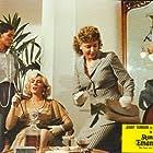 Laura Gemser, Aldina Martano, and Jenny Tamburi in Voglia di guardare (1986)