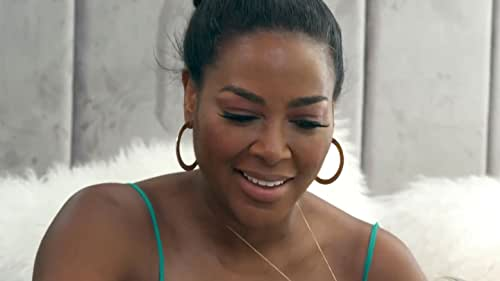 The Real Housewives of Atlanta: Kenya Moore Has a Tense Phone Call with Marc Daly