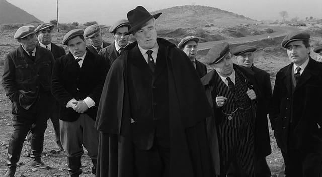 Vittorio De Sica in L'onorata società (1961)
