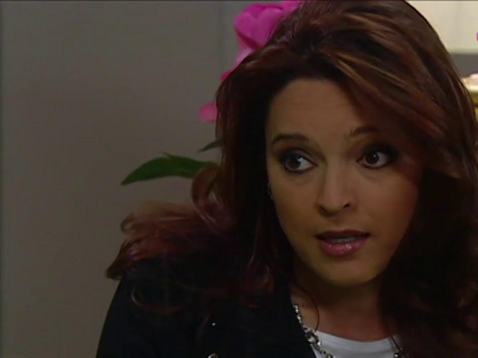Marcela Páez in Corazones al límite (2004)