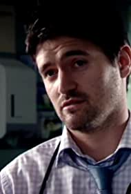 Tom Chambers in Holby City (1999)