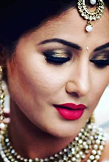 Hina Khan Picture