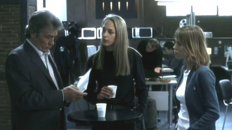 Alain Delon, Elsa Kikoïne, and Sophie von Kessel in Frank Riva (2003)