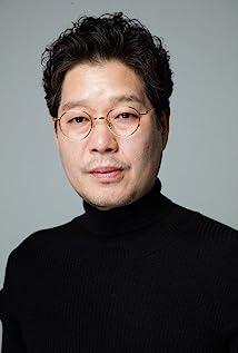 Yoo Jae-myung Picture
