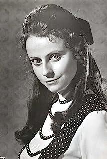 Ania Marson Picture