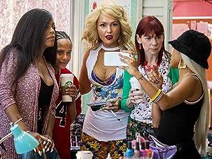 Niecy Nash, Carrie Preston, Judy Reyes, Jenn Lyon, and Karrueche Tran in Claws (2017)