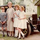 Stephen Grendon, Suzanna Hamilton, Virginia McKenna, Sophie Neville, and Simon West in Swallows and Amazons (1974)