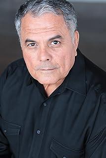 Efrain Figueroa Picture