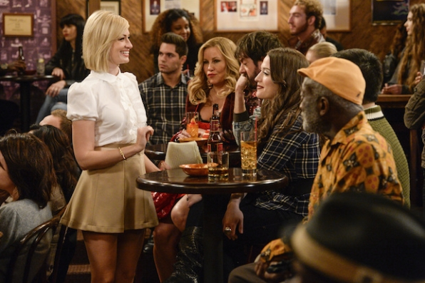 Jennifer Coolidge, Garrett Morris, Kat Dennings, Jonathan Kite, Matthew Moy, and Beth Behrs in 2 Broke Girls (2011)